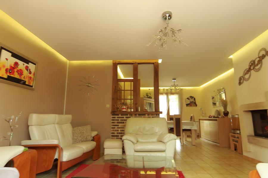 ruban led salon vi14 jornalagora. Black Bedroom Furniture Sets. Home Design Ideas