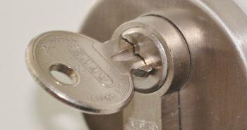 Ecarter les risques de cambriolages en s'équipant de différents accessoires