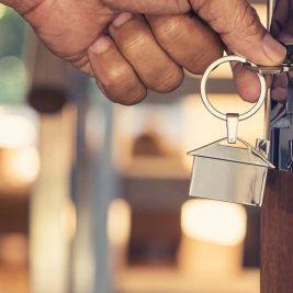 Porte d'entrée : comment bien sécuriser la maison ?
