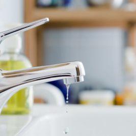 Quoi faire face à un robinet qui fuit?
